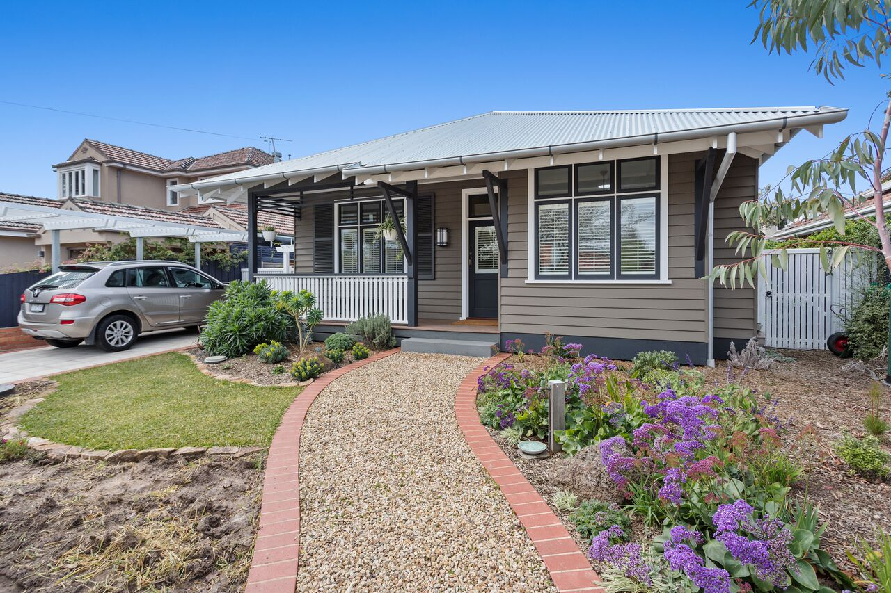16 Hudson St, Hampton. Photographer: Dianne Firth, Real Property Photography Bayside