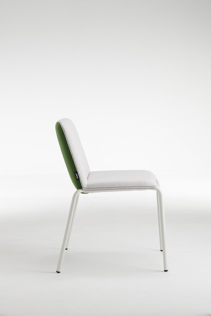 20-cappala-chair-side