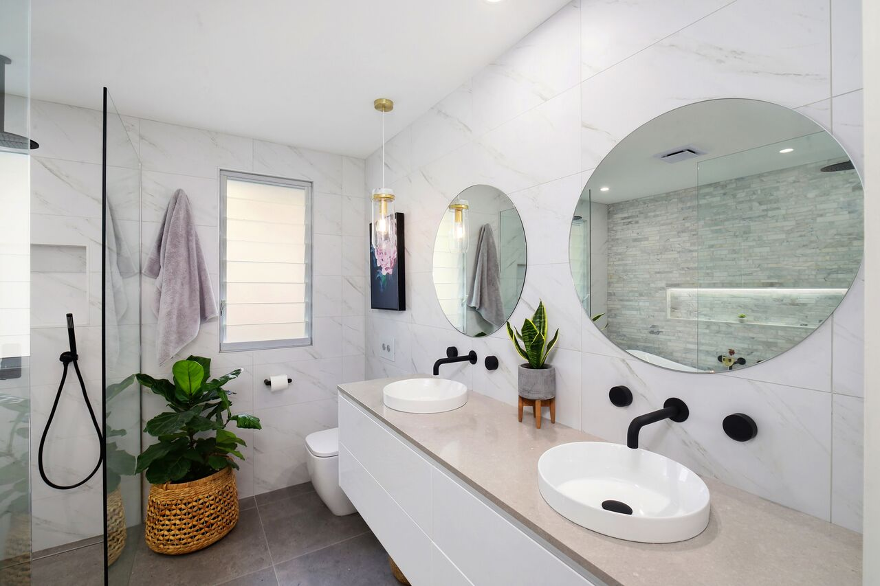 Bathrooms On A Budget | Creating A Luxe Bathroom On A Budget Furnishing International
