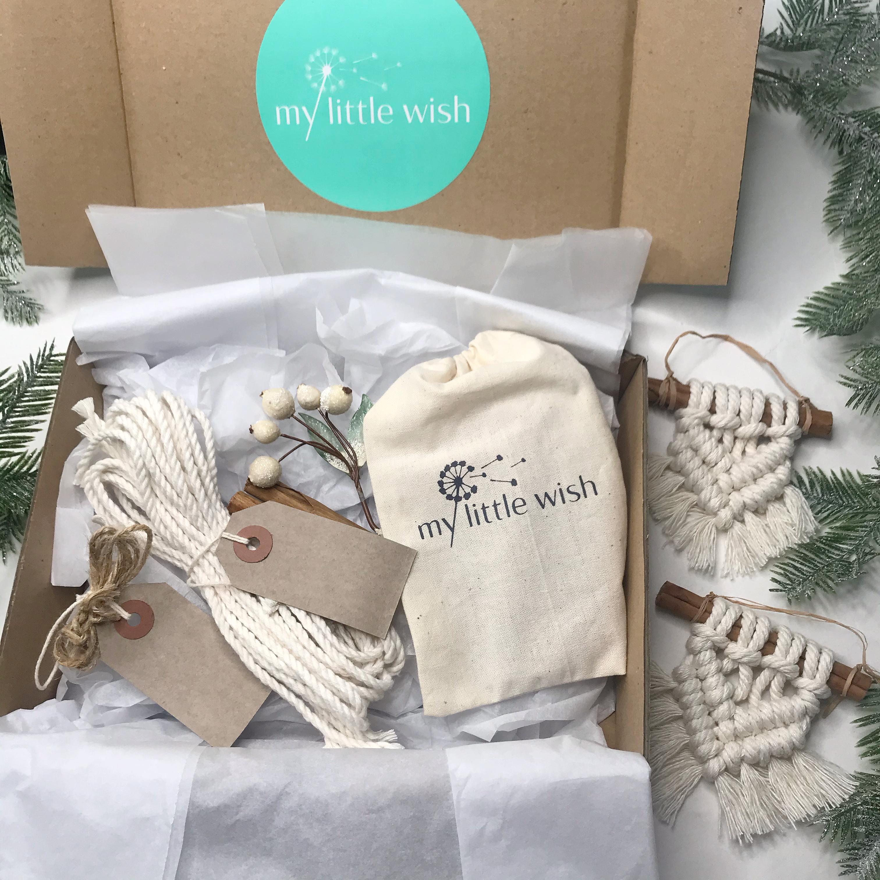 diy-macrame-christmas-decorations-kit-1
