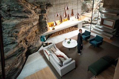 hotel_jensen-skodvin-architects_ex-machina-set_dezeen_468_2