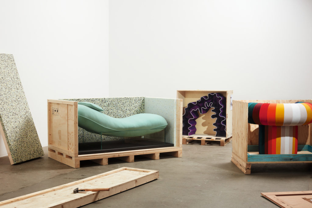 kvadrat_knit-design-exhibition_unboxing_2020_photography-by-luke-evans_2
