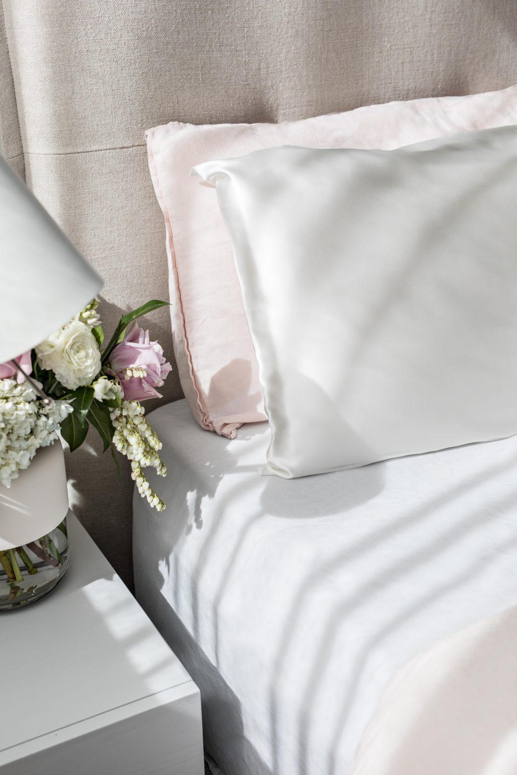silk-pillowcase-ivory