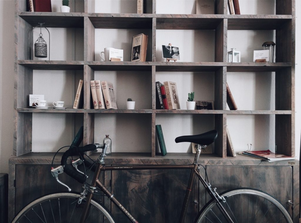 bicycle_shelves_shelf_books_home_house_storage_wall-593757