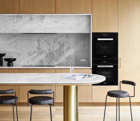 Artedomus Stone_Elba Marble - Hawthorn House - Design by Christopher Elliott Design