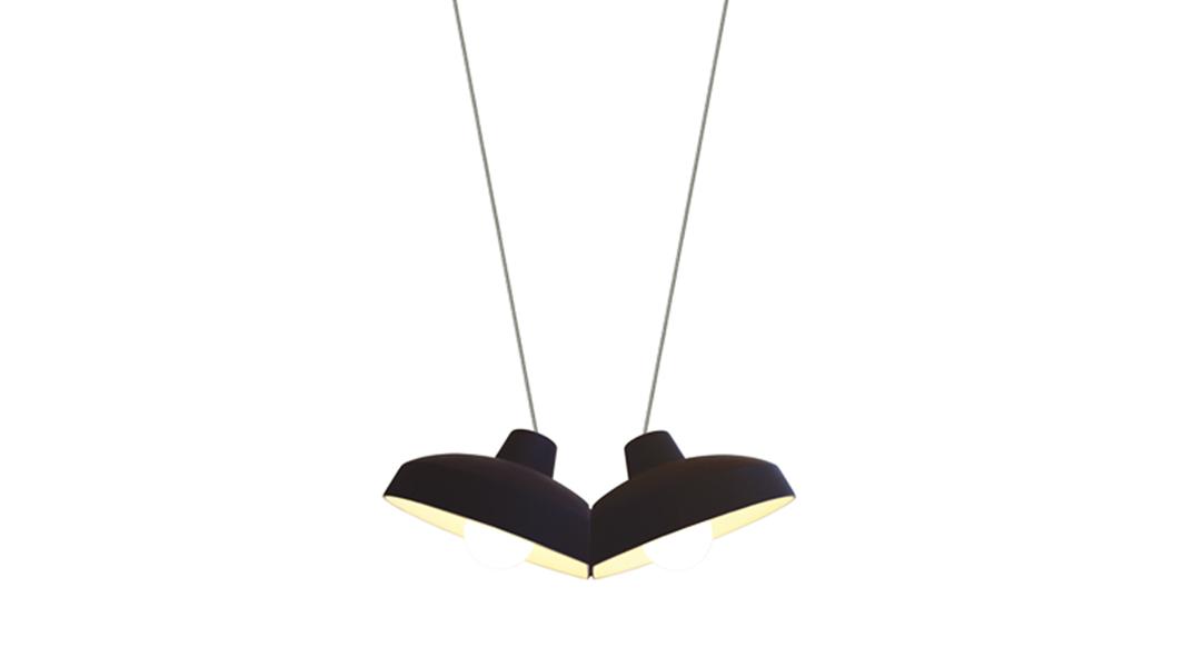 kissing-pendants