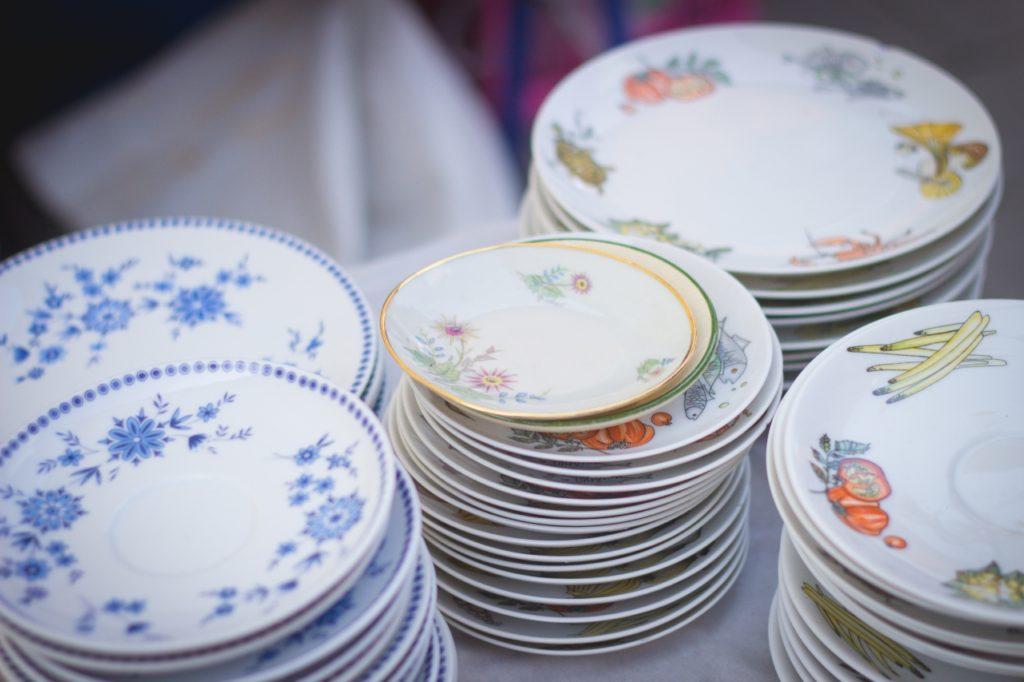 porcelain_plates