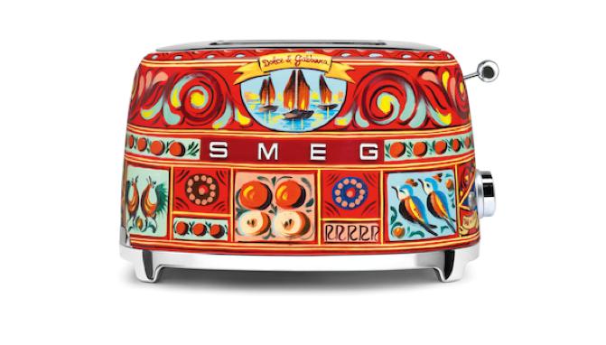 smeg-love-toaster