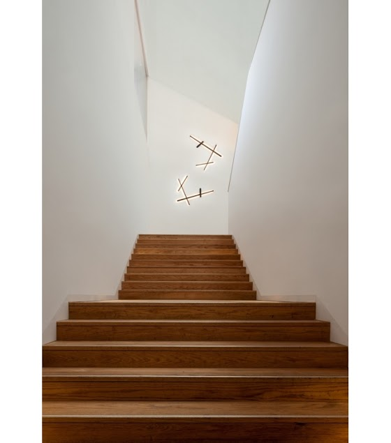 sparks-wall-lamp-vibia