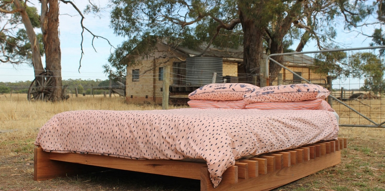 Timber Slatt Bed