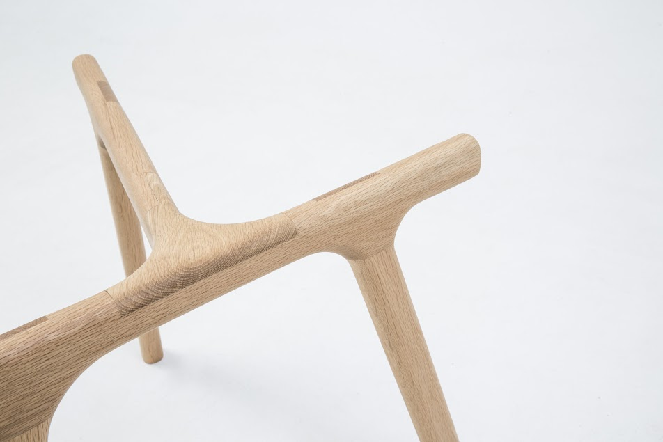 alex-earl-solid-timber-dining-table-antler-2